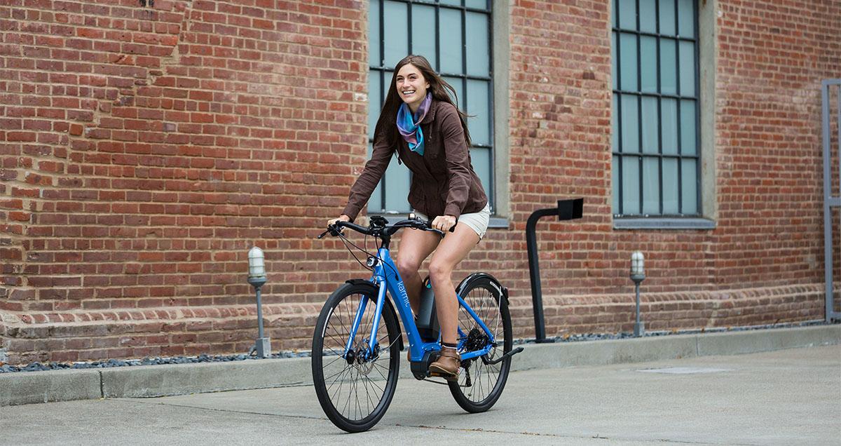 Rower elektryczny zaprojektowany specjalnie dla kobiet